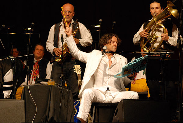 Goran Bregovic performing live with his orchestra Zespol Piesni i Tanca Slask i Goran Bregovic 013.jpg