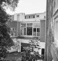 Zijgevel van het oorspronkelijke woonhuis, nummer 9, voor restauratie - 's-Gravenhage - 20357853 - RCE.jpg