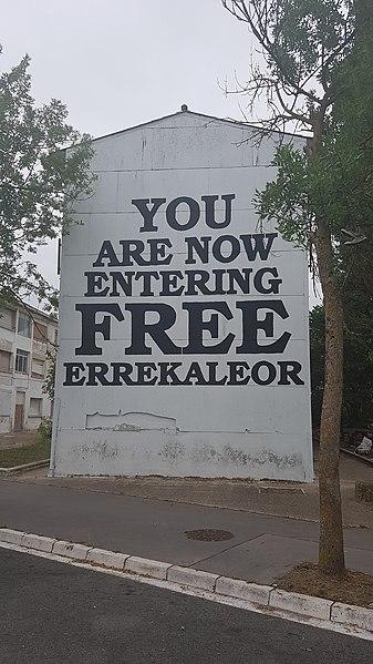 """File:""""You are now entering free Errekaleor"""" murala Errekaleorren.jpg"""