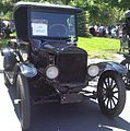 '25 Ford Model T (Auto classique VAQ St-Lambert '12).jpg