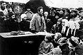 Агитация большевиков на селе (1919).jpg