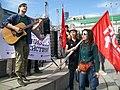Зоозащитники поют на Первомае в Екатеринбурге.jpg