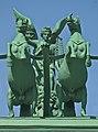 Нарвские ворота - центральная композиция (центральный фрагмент).jpg
