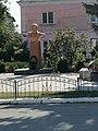 Пам'ятник Т. Г. Шевченку (1814—1861),вид з вулиці.jpg
