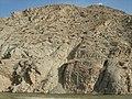 یکی از کوهای کبودکمرکه در کنار رودخانه سر به فلک کشیده.JPG