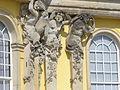 1011. Die mit 36 Bacchantenhermen und Bachantinnen beschmückte Südfassade Sanssoucis Steffen Heilfort.JPG