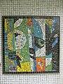 1220 Saikogasse 6-8 - Rudolf Köppl-Hof - Stg 30 - Glasmosaik Farbige Komposition von Hans Staudacher 1967 IMG 1099.jpg