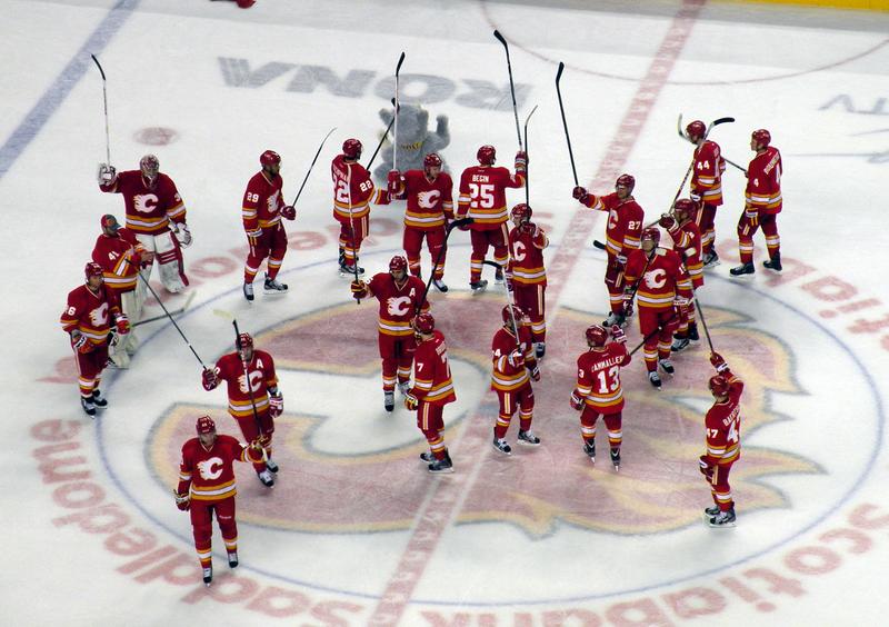 File:130223 Calgary Flames salute.png