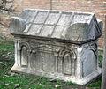 1421 - Bologna - Santo Stefano - Sarcofago antico - Foto Giovanni Dall'Orto, 9-Feb-2008.jpg