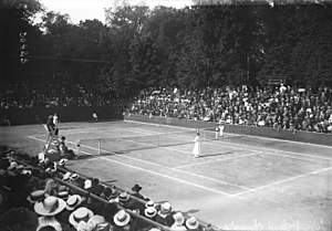 World Hard Court Championships - 1913 World Hard Court Championships ladies' final between Mieken Rieck and Marguerite Brocquedis (15 June 1913)