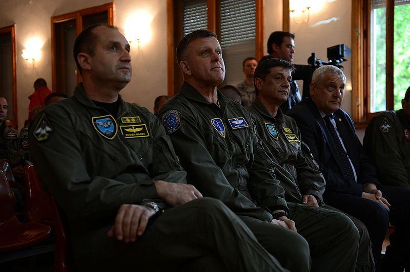 File:1931027 Rumen Radev, Frank Gorenc and Constantin Popov in Bulgaria 2015.jpg