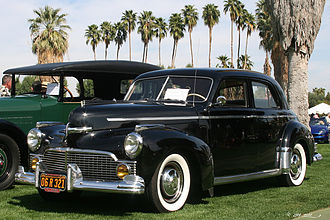 1942 Commander Custom Cruising Sedan 1942 Studebaker Commander Custom Cruising Sedan - black - fvl2 (4637671410).jpg