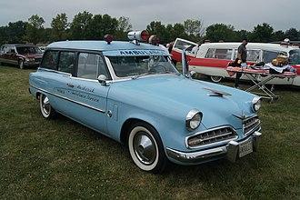 Studebaker Conestoga - Image: 1954 Studebaker Commander Conestoga Ambulet Ambulance (14941132952)
