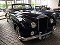 1956 Bentley S1 Convertible (36640788323).jpg