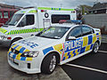 2006-2008 Holden VE Commodore SV6 sedan (New Zealand Police) 01.jpg