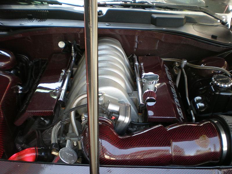 File:2006 modified Dodge Charger SRT-8 engine.JPG