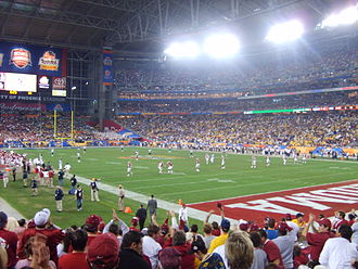2008 Fiesta Bowl - The Oklahoma Sooners line up for the ill-fated onside kick in the third quarter.