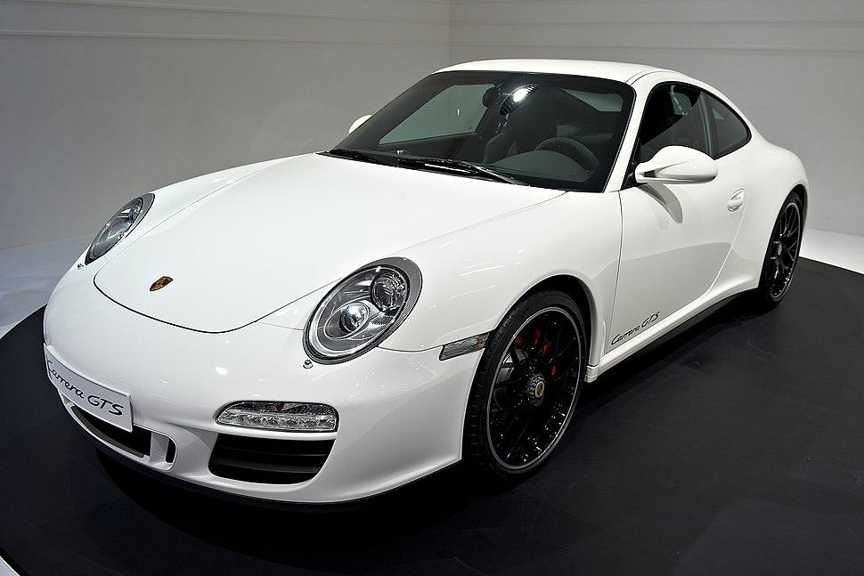 2010 Porsche 997 Carrera GTS coupe 4105x2737