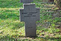 2017-09-28 GuentherZ Wien11 Zentralfriedhof Gruppe97 Soldatenfriedhof Wien (Zweiter Weltkrieg) (070).jpg