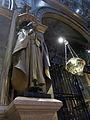 244 Basílica de Montserrat, profeta de Josep Llimona i llàntia votiva.JPG