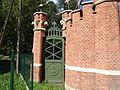 724123 pow krakowski gm krzeszowice Tenczynek brama zwierzyniecka 07.JPG