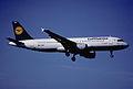 99br - Lufthansa Airbus A320-211; D-AIPB@ZRH;02.07.2000 (5198218304).jpg