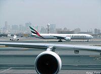 A6-ECD - B77W - Emirates