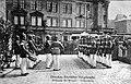 AK Dresden Ablösung Altstadt Hauptwache Grünes Gewölbe 1913.jpg