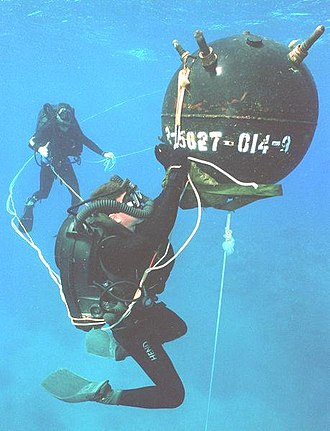 Rebreather diving - US Navy explosive ordnance disposal (EOD) divers