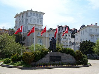 Büyükada - One of the main squares of the island, with the statue of Mustafa Kemal Atatürk.