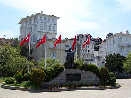 Statue of Atatürk in Büyükada, the largest of the Prince Islands to the southeast of Istanbul, which collectively form the Adalar (Isles) district of Istanbul Province. Adalar 5536.jpg