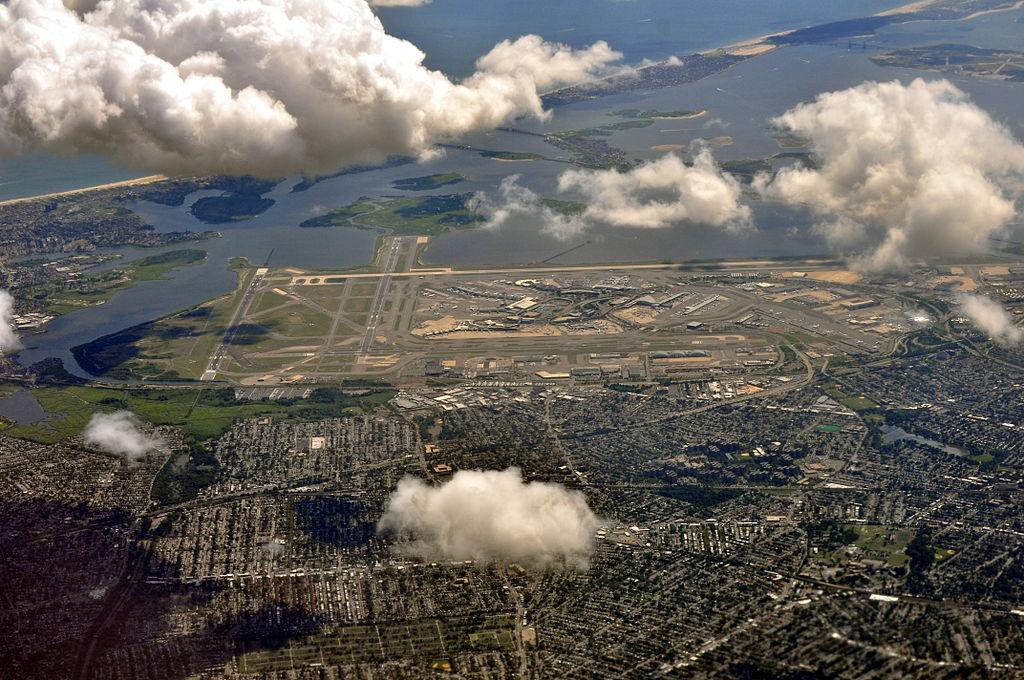 Aerial view of JFK Airport from NE 02 - white balanced (9454546375).jpg