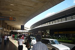 Aeroporto internacional Tancredo Neves - Confins - MG - panoramio.jpg
