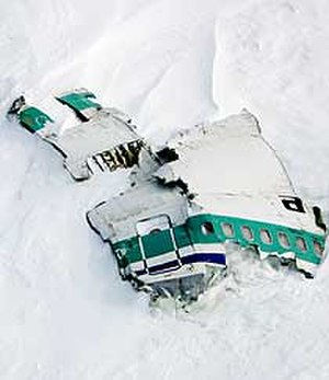 Controlled flight into terrain - Wreckage from Air New Zealand Flight 901, a CFIT accident that occurred in 1979 in Antarctica