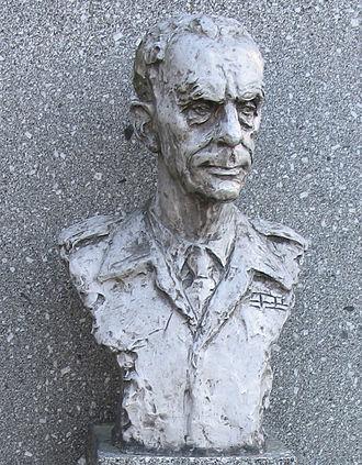 Karel Klapálek - Bust of Karel Klapálek at Dukla Pass