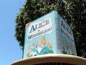 Alice in Wonderland (Disneyland attraction) - Image: Alice in Wonderland Dark Ride