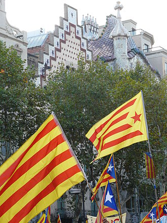 Estelada - The classical flag, without the star, is called the senyera, seen here among Estelada flags
