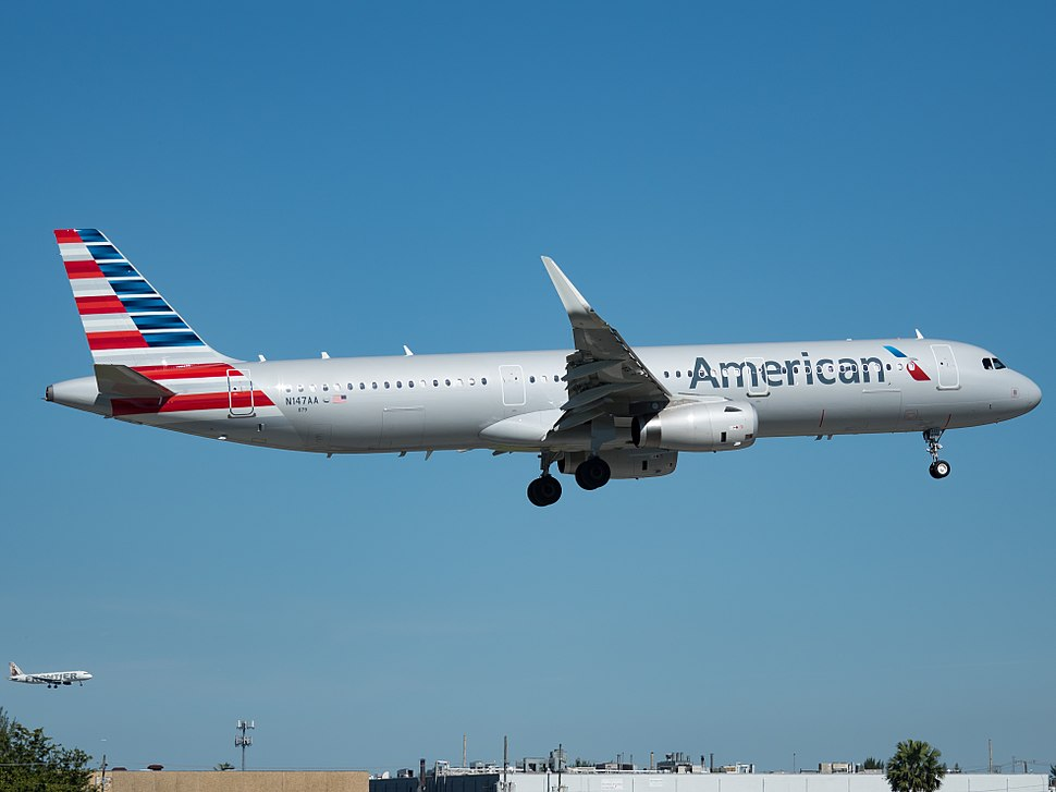 American Airlines Airbus A321-231 (N147AA) Miami International Airport