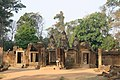 Angkor-Banteay Srei-02-von Osten-2007-gje.jpg