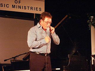 Anthony Burger pianist