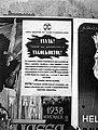 Anyák védjétek meg gyermekeiteket az angolkórtól! Plakát, 1943. Fortepan 72617.jpg