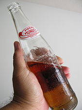 Apple soda - hecho en mexico (3658367988).jpg