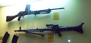 Mendoza RM2 Light machine gun