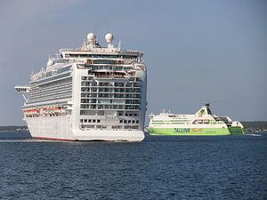 Azura and Star departing Port of Tallinn 25 May 2012.JPG