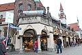 Bâtiment intersection Viktualienmarkt Peterplatz Munich 4.jpg