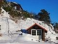 Båthus i snøen - panoramio.jpg
