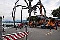 Bürkliplatz - Demontage 'Maman' 2011-07-28 20-04-22.jpg