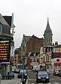 Bapaume rue de Péronne et église St-Nicolas 1.jpg