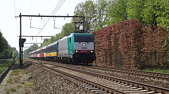 Antwerp–Lage Zwaluwe railway - A Benelux train at Kapellen in 2011