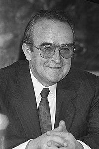Bezoek Joegoslavische premier Mikulic aan Nederland Joegoslavische premier Miku, Bestanddeelnr 934-3708.jpg